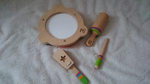 Tamburin und Rhythmus-Set